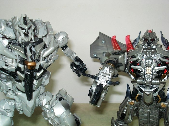 Transformers 3 Leader Class Megatron Toy Video Review