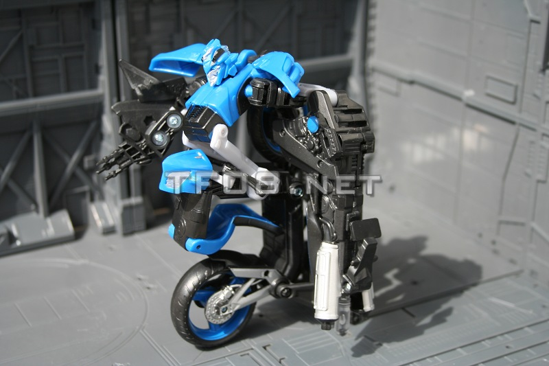 transformers 3 more toy images megatron leader