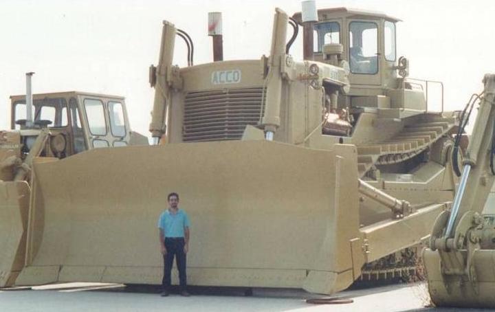 World's Largest Dozer Ever Made