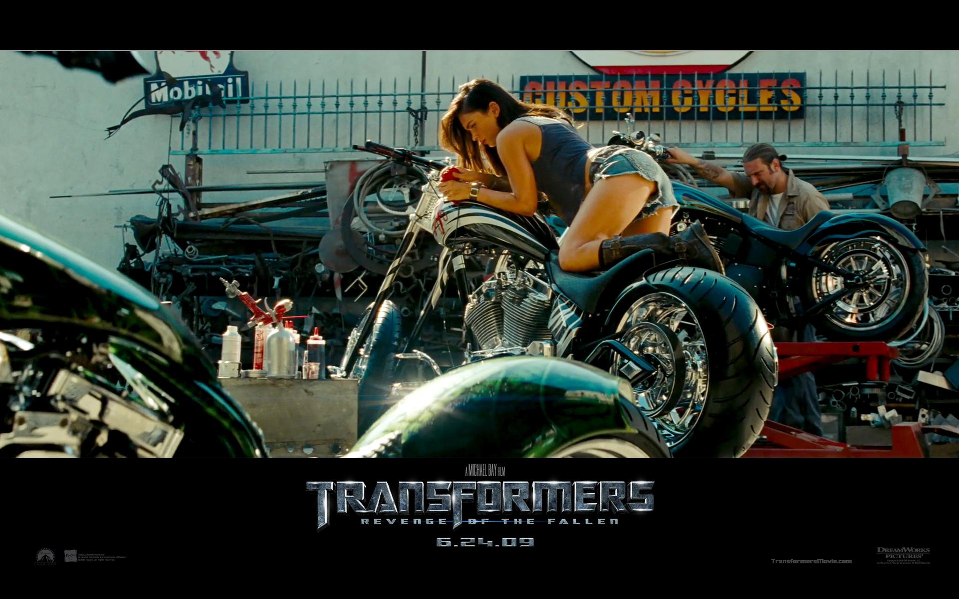 Transformers 3 megan fox for Megane fox transformers
